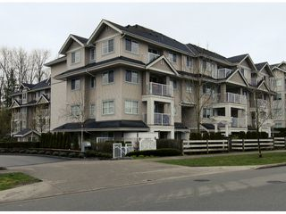 "Photo 15: 404 19366 65 Avenue in Surrey: Clayton Condo for sale in ""Liberty"" (Cloverdale)  : MLS®# F1428160"