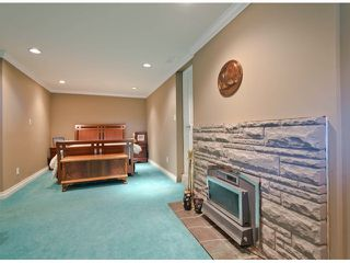 Photo 17: 13885 18TH Avenue in Surrey: Sunnyside Park Surrey House for sale (South Surrey White Rock)  : MLS®# F1431118