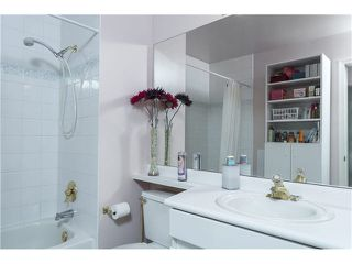"""Photo 16: 403 1199 WESTWOOD Street in Coquitlam: North Coquitlam Condo for sale in """"LAKESIDE TERRACE"""" : MLS®# V1105956"""