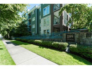 "Photo 1: 403 1199 WESTWOOD Street in Coquitlam: North Coquitlam Condo for sale in ""LAKESIDE TERRACE"" : MLS®# V1105956"