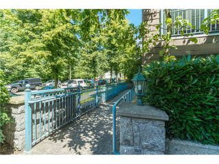 "Photo 19: 403 1199 WESTWOOD Street in Coquitlam: North Coquitlam Condo for sale in ""LAKESIDE TERRACE"" : MLS®# V1105956"