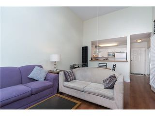 """Photo 9: 403 1199 WESTWOOD Street in Coquitlam: North Coquitlam Condo for sale in """"LAKESIDE TERRACE"""" : MLS®# V1105956"""