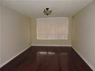 Photo 9: 711 35 Kingsbridge Garden Circle in Mississauga: Hurontario Condo for sale : MLS®# W3220154