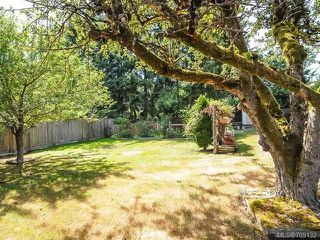 Photo 4: 1849 Centennial Ave in COMOX: CV Comox (Town of) House for sale (Comox Valley)  : MLS®# 709132