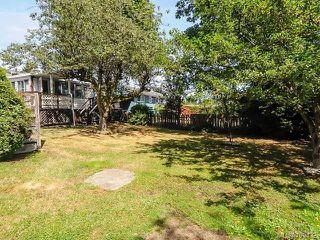 Photo 3: 1849 Centennial Ave in COMOX: CV Comox (Town of) House for sale (Comox Valley)  : MLS®# 709132