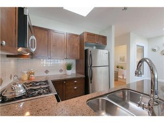 "Photo 9: 406 3637 W 17TH Avenue in Vancouver: Dunbar Townhouse for sale in ""Highbury House"" (Vancouver West)  : MLS®# V1140003"