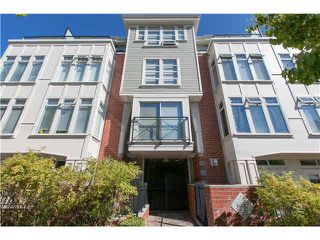 "Photo 3: 406 3637 W 17TH Avenue in Vancouver: Dunbar Townhouse for sale in ""Highbury House"" (Vancouver West)  : MLS®# V1140003"