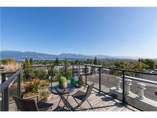 "Photo 17: 406 3637 W 17TH Avenue in Vancouver: Dunbar Townhouse for sale in ""Highbury House"" (Vancouver West)  : MLS®# V1140003"
