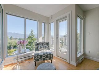 "Photo 5: 406 3637 W 17TH Avenue in Vancouver: Dunbar Townhouse for sale in ""Highbury House"" (Vancouver West)  : MLS®# V1140003"
