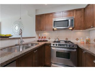 "Photo 10: 406 3637 W 17TH Avenue in Vancouver: Dunbar Townhouse for sale in ""Highbury House"" (Vancouver West)  : MLS®# V1140003"