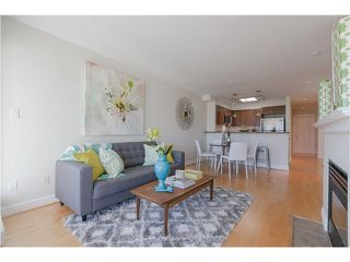 "Photo 6: 406 3637 W 17TH Avenue in Vancouver: Dunbar Townhouse for sale in ""Highbury House"" (Vancouver West)  : MLS®# V1140003"