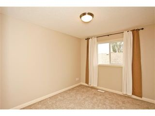 Photo 26: 8 EVERWILLOW Park SW in Calgary: Evergreen House for sale : MLS®# C4027806