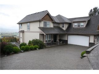 "Photo 1: 36414 CARNARVON Court in Abbotsford: Abbotsford East House for sale in ""Falconridge Estates"" : MLS®# F1450923"
