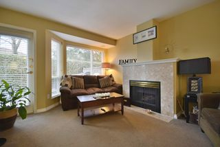 "Photo 5: 8 7127 124 Street in Surrey: West Newton Townhouse for sale in ""CAMELLIA WYNDE"" : MLS®# R2023947"