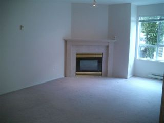 """Photo 3: 201 624 AGNES Street in New Westminster: Downtown NW Condo for sale in """"MCKENZIE STEPS"""" : MLS®# R2048297"""