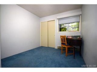Photo 12: 1532 Edgeware Road in VICTORIA: Vi Oaklands Single Family Detached for sale (Victoria)  : MLS®# 363699