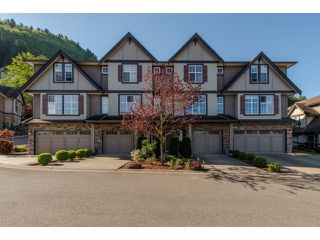 """Main Photo: 10 5900 JINKERSON Road in Sardis: Promontory Townhouse for sale in """"JINKERSON HEIGHTS"""" : MLS®# R2061380"""