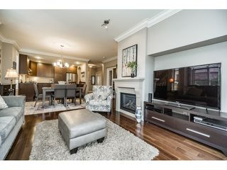 "Photo 4: 103 16483 64 Avenue in Surrey: Cloverdale BC Townhouse for sale in ""St. Andrews"" (Cloverdale)  : MLS®# R2076042"