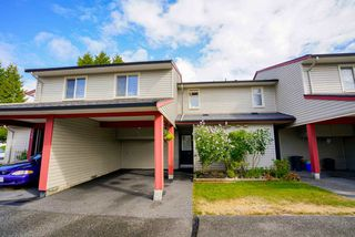 "Photo 1: 51 27456 32 Avenue in Langley: Aldergrove Langley Townhouse for sale in ""Cedar Park Estates"" : MLS®# R2103092"