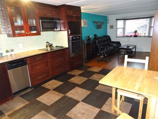"""Photo 3: 15 4200 DEWDNEY TRUNK Road in Coquitlam: Ranch Park Manufactured Home for sale in """"HIDEWAY PARK"""" : MLS®# R2124110"""