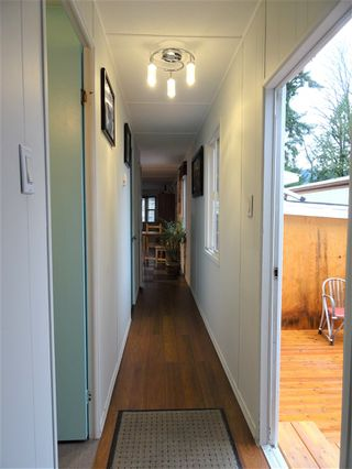 """Photo 8: 15 4200 DEWDNEY TRUNK Road in Coquitlam: Ranch Park Manufactured Home for sale in """"HIDEWAY PARK"""" : MLS®# R2124110"""