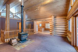 "Photo 4: 2020 PARADISE VALLEY Road in Squamish: Paradise Valley House for sale in ""Paradise Valley"" : MLS®# R2131666"