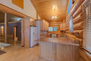 "Photo 8: 2020 PARADISE VALLEY Road in Squamish: Paradise Valley House for sale in ""Paradise Valley"" : MLS®# R2131666"