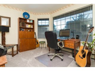 """Photo 12: 1 1820 SOUTHMERE Crescent in Surrey: Sunnyside Park Surrey Townhouse for sale in """"South Pointe on the Park"""" (South Surrey White Rock)  : MLS®# R2135020"""