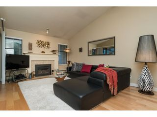 """Photo 4: 1 1820 SOUTHMERE Crescent in Surrey: Sunnyside Park Surrey Townhouse for sale in """"South Pointe on the Park"""" (South Surrey White Rock)  : MLS®# R2135020"""