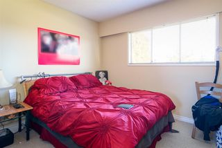 Photo 3: 2155 EMERSON Street in Abbotsford: Abbotsford West House for sale : MLS®# R2135534