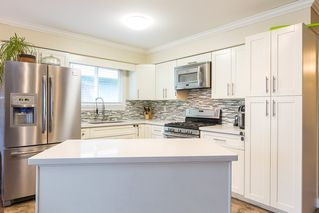 "Photo 7: 1906 PARKLAND Drive in Coquitlam: River Springs House for sale in ""RIVER SPRINGS"" : MLS®# R2140004"