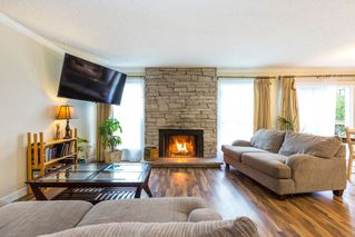 "Photo 2: 1906 PARKLAND Drive in Coquitlam: River Springs House for sale in ""RIVER SPRINGS"" : MLS®# R2140004"
