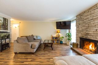 "Photo 3: 1906 PARKLAND Drive in Coquitlam: River Springs House for sale in ""RIVER SPRINGS"" : MLS®# R2140004"