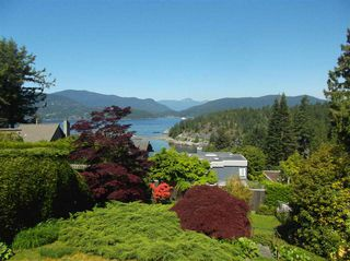 Photo 1: 6235 NELSON Avenue in West Vancouver: Gleneagles House for sale : MLS®# R2169098