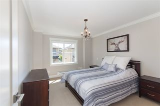 """Photo 10: 16 10151 240 Street in Maple Ridge: Albion Townhouse for sale in """"Albion Station"""" : MLS®# R2193403"""