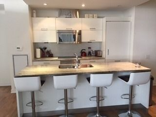 Photo 4: 2605 90 Park Lawn Road in Toronto: Mimico Condo for lease (Toronto W06)  : MLS®# W3916086