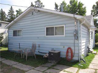 Photo 3: 679 Ebby Avenue in Winnipeg: Residential for sale (1B)  : MLS®# 1723789