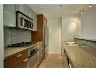 "Photo 7: # TH107 980 COOPERAGE WY in Vancouver: Yaletown Condo for sale in ""COOPERS POINT"" (Vancouver West)  : MLS®# V914823"