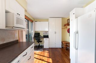 Photo 3: 1178 DEEP COVE Road in North Vancouver: Deep Cove Townhouse for sale : MLS®# R2210688