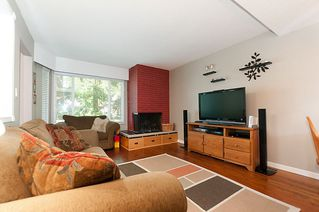 Photo 9: 1178 DEEP COVE Road in North Vancouver: Deep Cove Townhouse for sale : MLS®# R2210688