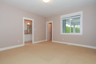 Photo 10: 19755 68A AVENUE in Langley: Home for sale : MLS®# R2153628