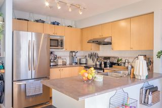 """Photo 13: 22 240 TENTH Street in New Westminster: Uptown NW Townhouse for sale in """"COBBLESTONE WALK"""" : MLS®# R2215044"""