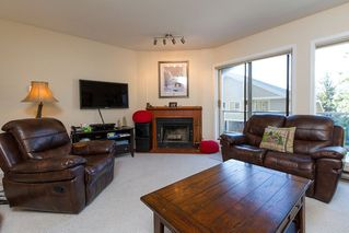 "Photo 3: 3163 ST MORITZ Crescent in Whistler: Blueberry Hill Townhouse for sale in ""BLUEBERRY HILL ESTATES"" : MLS®# R2218282"