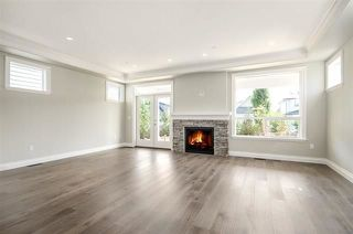 Photo 5: 15518 RUSSELL Avenue: White Rock House for sale (South Surrey White Rock)  : MLS®# R2218865
