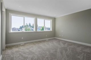 Photo 10: 15518 RUSSELL Avenue: White Rock House for sale (South Surrey White Rock)  : MLS®# R2218865