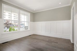 Photo 4: 15518 RUSSELL Avenue: White Rock House for sale (South Surrey White Rock)  : MLS®# R2218865