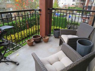 "Photo 12: 201 200 KLAHANIE Drive in Port Moody: Port Moody Centre Condo for sale in ""SALAL"" : MLS®# R2222800"