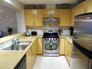 "Photo 5: 201 200 KLAHANIE Drive in Port Moody: Port Moody Centre Condo for sale in ""SALAL"" : MLS®# R2222800"