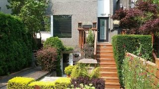 Photo 6: 1207 E 13TH Avenue in Vancouver: Mount Pleasant VE House 1/2 Duplex for sale (Vancouver East)  : MLS®# R2226233