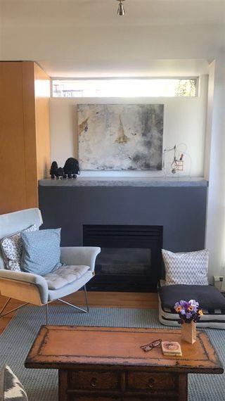 Photo 2: 1207 E 13TH Avenue in Vancouver: Mount Pleasant VE House 1/2 Duplex for sale (Vancouver East)  : MLS®# R2226233